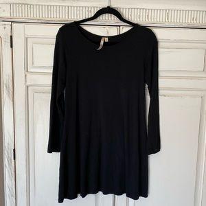 Comfy USA Black Oversized Long Sleeve Tunic Xsmall